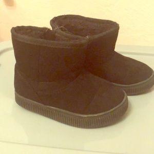 Cat & Jack size 7 boots